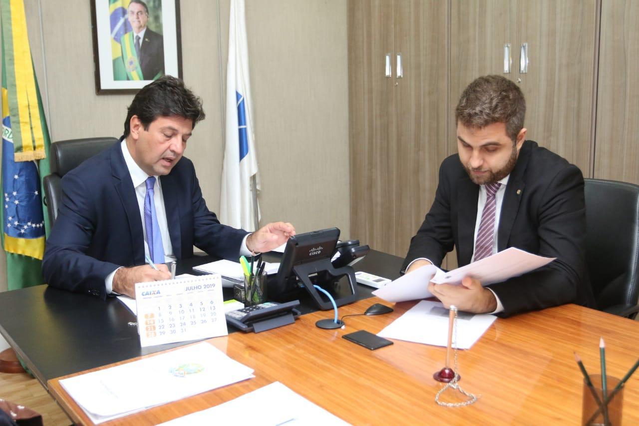 Deputado Wladimir Garotinho e o ministro da Saúde Luiz Henrique Mandetta