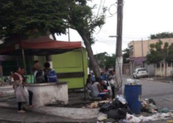 Lixo nas ruas de Quissamã-RJ