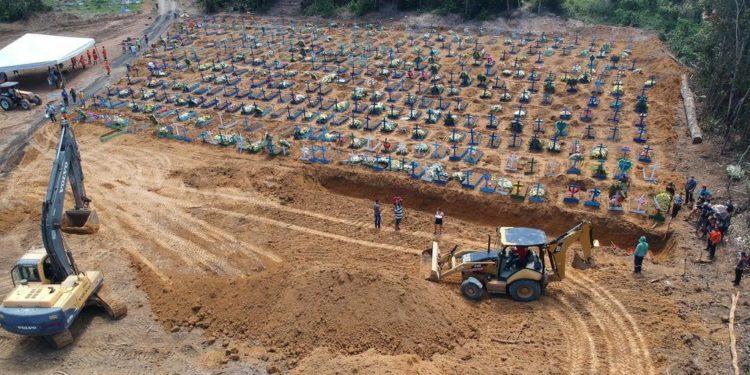 Enterro em Manaus (AM)