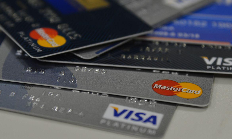 Cartões de crédito roubados nos Correios