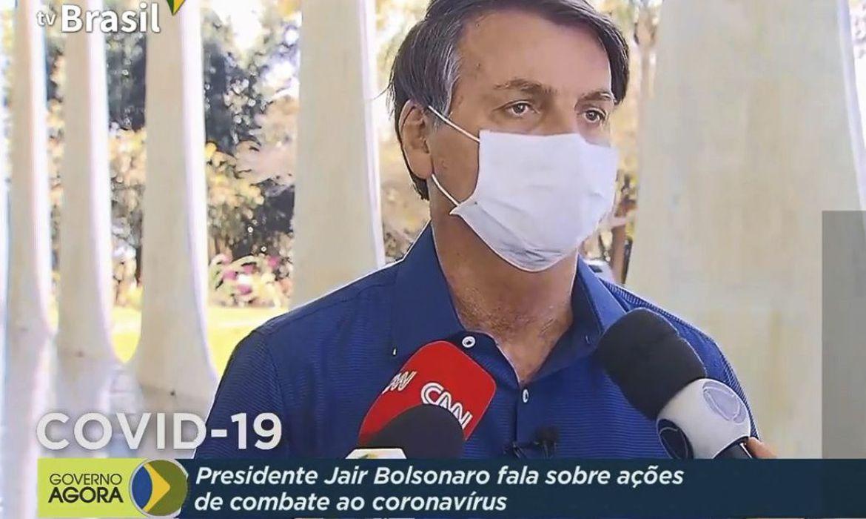 Jair Bolsonaro com Covid-19