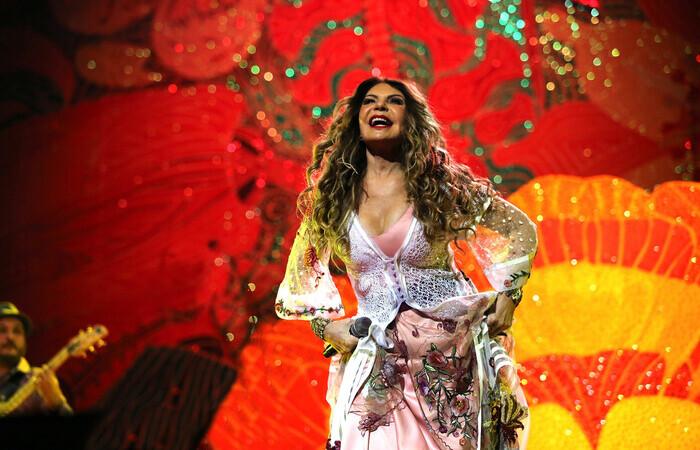 Show com Elba Ramalho no canal Sesc - Youtube