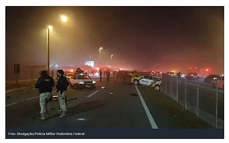 Acidente de carro no Paraná