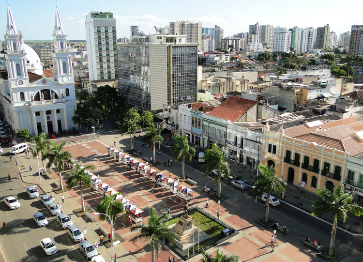 Praça São Salvador em Campos-RJ