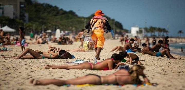 Neste fim de semana, os cariocas aproveitaram os dias de sol para curtir as praias da Zona Sul