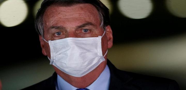 Bolsonaro pede reabertura definitiva do comércio
