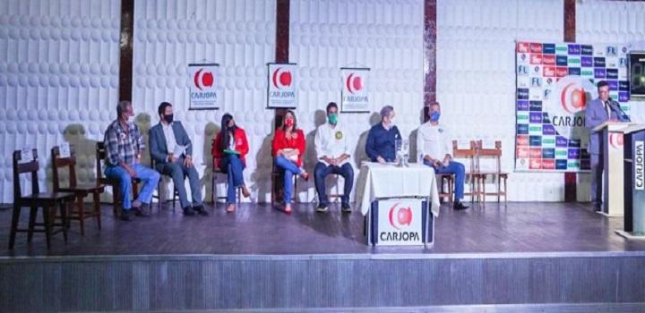 Candidatos a prefeito de Campos debatem na Carjopa