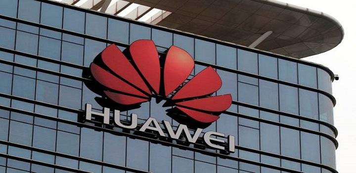 Bolsonaro analisa proibir Huawei