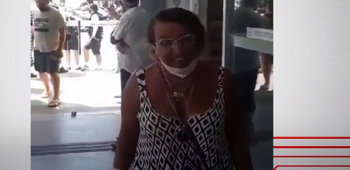 mulher racista diz odiar raça negra