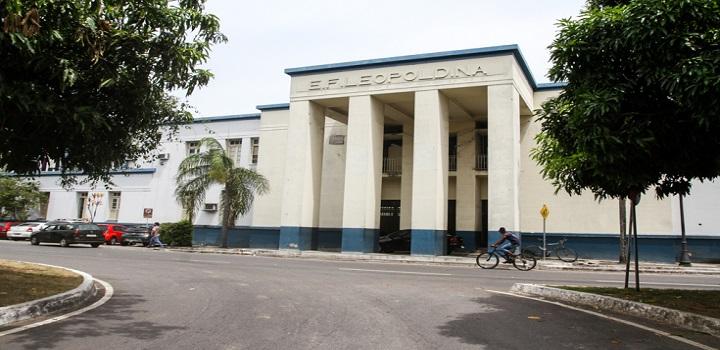 Educação precária: Salários aviltantantes na educação de Campos-RJ