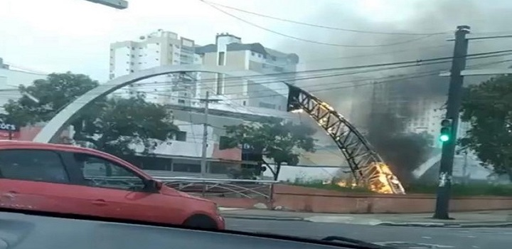 Incêndio Canal-Campos Macaé