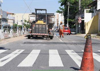 Operação Tapa Buracos nesta terça-feira na 28 de Março, no Parque Santo Amaro