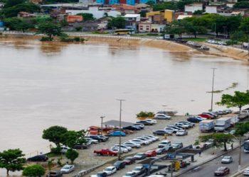 Rio Paraíba do Sul na área central de Campos