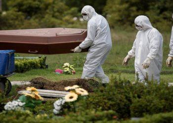 pandemia completa 1 ano no Brasil