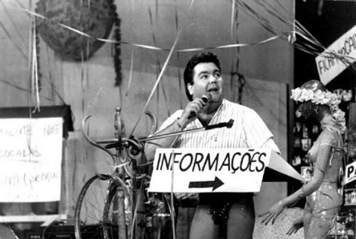 Fausto Silva começou a fazer sucesso para todo o país com o programa Perdidos na Noite, na TV Bandeirantes