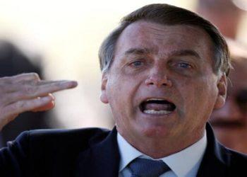 Bolsonaro também voltou a defender o uso de medicamentos não aprovados pela OMS no combate ao vírus