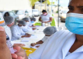 Campos calendário de vacinação junto com o Estado do RJ