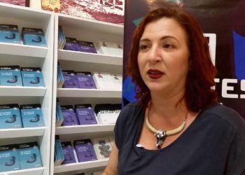 Escritora Ana Caradello