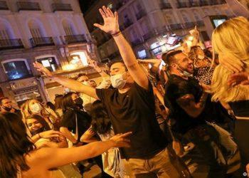 Espanha celebra fim do confinamento