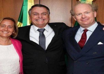 Bolsonaro se encontra com deputada alemã de extrema direita
