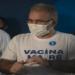 Queiroga diz que 3ª dose vai começar por idosos e profissionais de saúde