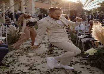 """O coreógrafo Gustavo Durso Aleixo, de 32 anos, resolveu entrar na cerimônia de seu próprio casamento dançando """"Can't Stop the Feeling"""", do cantor Justin Timberlake, em Betim, na Região Metropolitana de Belo Horizonte."""